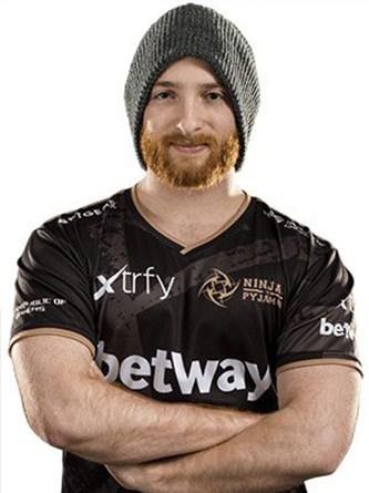 Sweaterr profile photo