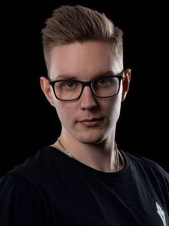 xseveN profile photo